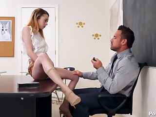 Rejected collage chick Allie Addison seduces handsome teacher Johnny Manor-house