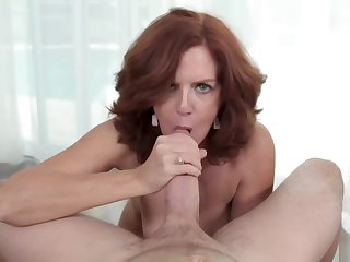 Kyle fills MILF Andis pussy relate to his inelegant load