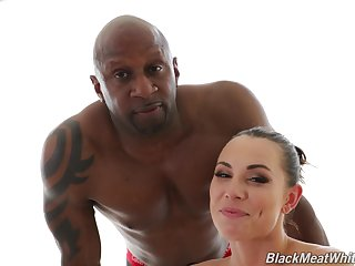 Hot naked babe Aidra The dickens gives an interview