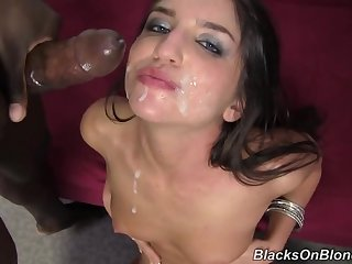 Giselle Leon Does Creampie Big Black Cock Gangbang