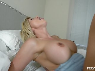 Huge facial for stepfather Amber Be intent on POV stepson fuck