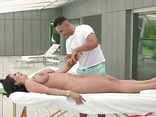 Mature become man Anissa Jolie enjoys having on the mark massage by a stud