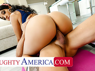 Wretched America - Misty Quinn's phat ass bounces on cock