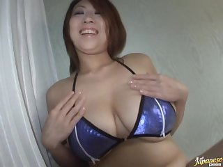 Amateur video of fat wife Suzuka Arinaga giving a blowjob